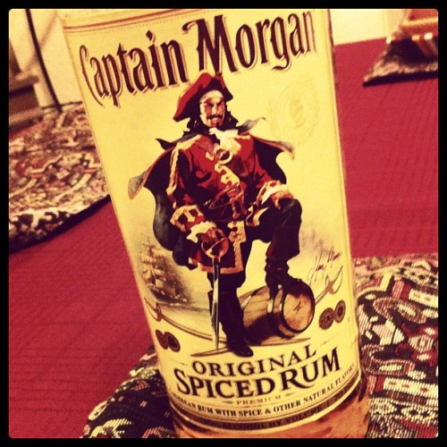 Oh hey! #captainmorgan #drunk #rum #whyistherumgone?
