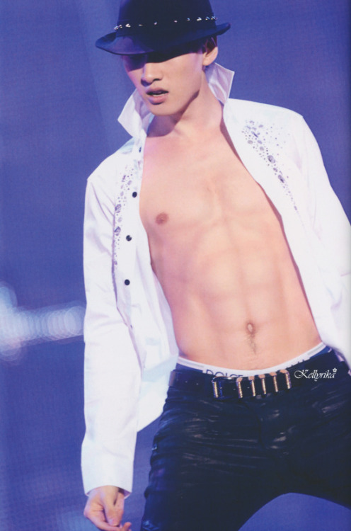 Eunhyuk Super Show 4 Japan Photobook  *so sexy o.o