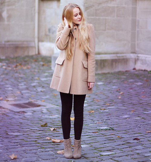 lookbookdotnu:  SIMPLICITY (by TIPHAINE  P)