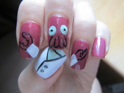 hertragicflaw:  Had an urge to paint my nails. Why not Zoidberg?