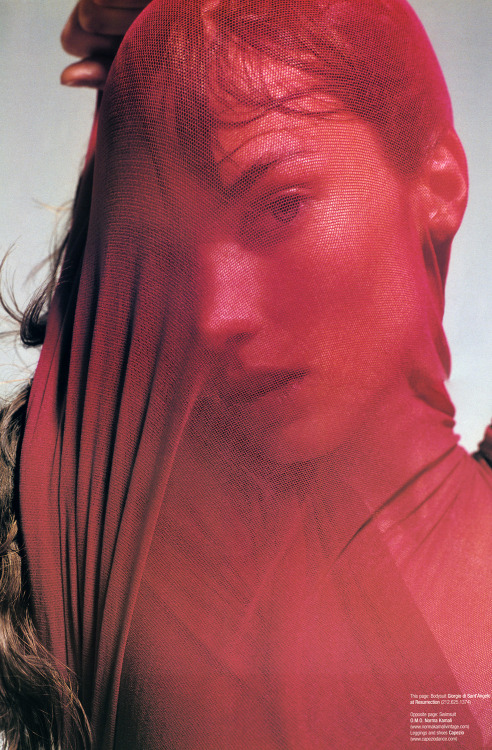 V Magazine #16, March April 2002  photographers: Inez Van Lamsweerde, Vinoodh Matadin Jessica Miller