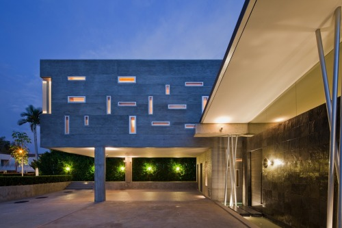 kiarong house ~ moh hack & partners