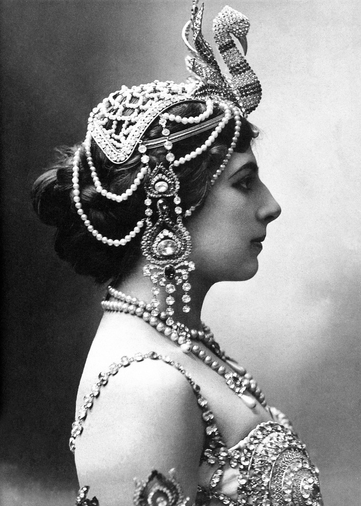 meetmeinthewillowtree:  Mata Hari- c. 1910