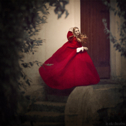 fairytalemood:  photo by Anka Zhuravleva
