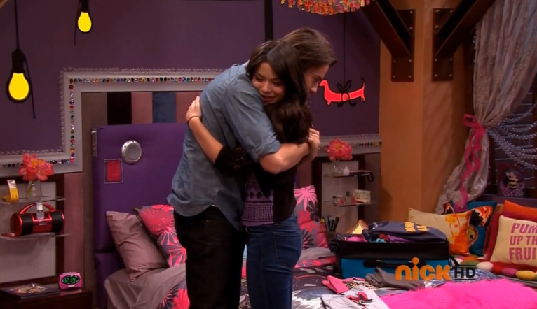 Carly:I love you. Spencer:I love you too kid.