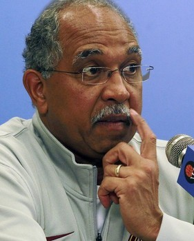 BTW, Tubby Smith is winning Movember. (AP photo)