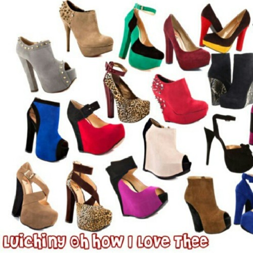 I love chunky heels and @Luichiny is on top of my fave list. #shoegasm #shopaholic #shoeporn #shoes #shoeswag #plussizeblogger #plussize #plussizefashion  (at www.niqueinthemiddle.com)