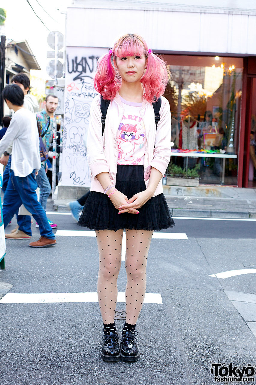 19 year old student w/ pink twin tails, Popples t-shirt & polka dot stockings in Harajuku