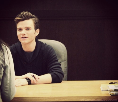 SBL: The Carson Phillip's Journal signing at The Grove Tumblr_me11yqMyIt1qfrd5do1_500