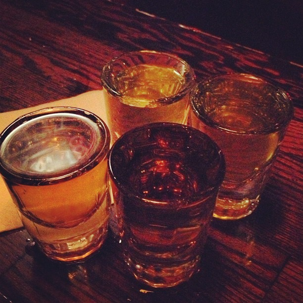 Jameson Pickle backs with @rawraaa #picklejuice #whiskey #jameson #yum #drinks #losangeles  (at 4100 Bar)