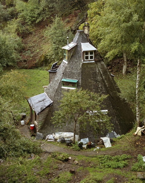 farewell-kingdom:  Immo Klink - European Communities Dwellings