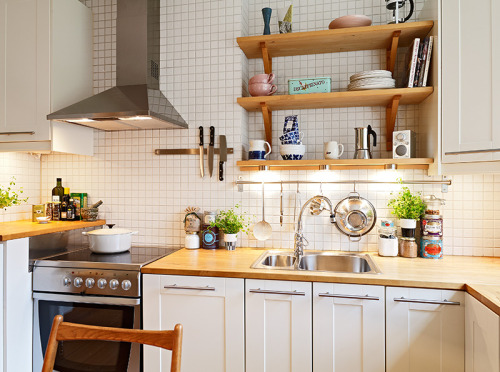 myidealhome:  cozy kitchen (via stadshem)