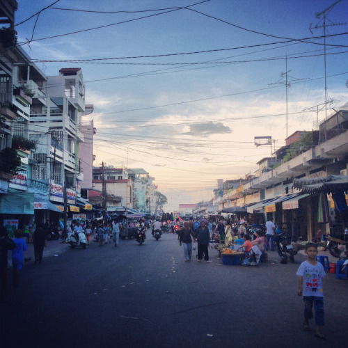 wewenttoasia:  Walking through Chau Doc around sunset in search of a hotel.  Been there — in more ways than one…