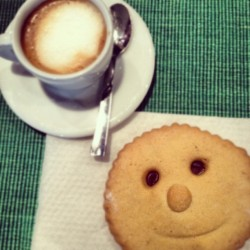 You'd better smile. #coffee #sweets #cookies #biscuits #food #happy #simplethings #breakfast #igers #igerslondon #igersitalia #bestoftheday #instamood