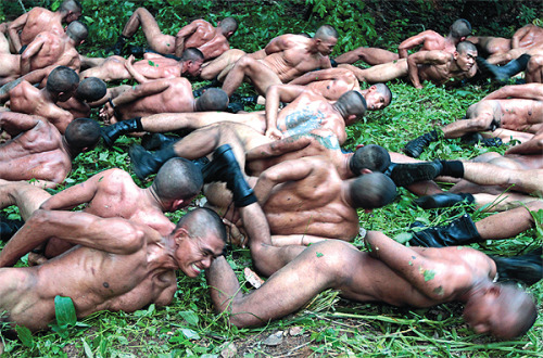 nudesoldiers: Thai Army Training    the shared #struggle, the #nudism, the #military aspect, it has #bromance written all over it…     #topher ;)  BestOfBromance.tumblr.com - @BestOfBromance - BestOfBromance@gmail.com