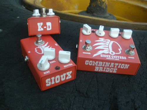 Sioux Guitar Pedals. Some of Siouxs finest here; the K-D Chorus, the Villa Ave. Distortion and the Combination Bridge. Check out these bad boys in action at their website and find out more as to why people like Chuck Dukowski of Black Flag and Cheetah Chrome include them in their setup.