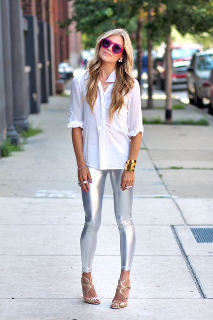 In love with those leggings.
