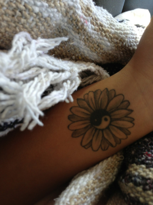 cacaboo:  forthethrillofitxx:  Love my tattoo can't wait for my next  want. now.