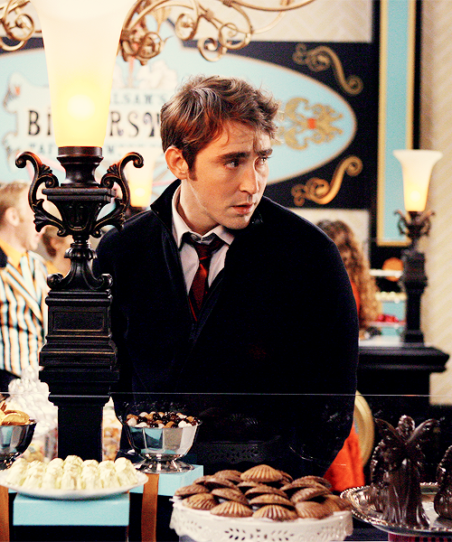 10/? Pushing Daisies Stills