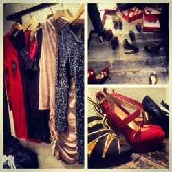 Christmas dinner shoppinggg ❤💚🎄 #guess #shopaholic #picstitch