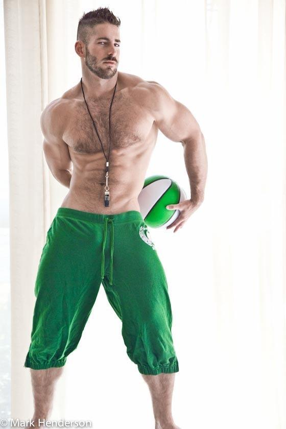 It's easy being green… when you look like this! ;)