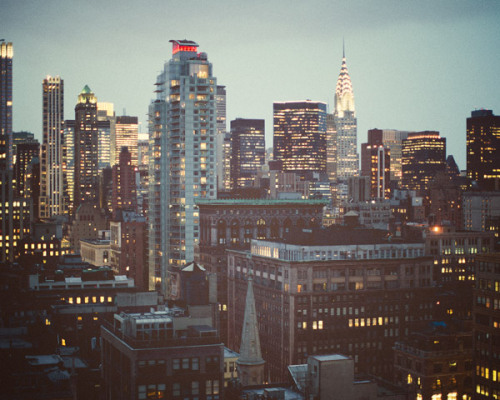 kari-shma:  New York by Irene Suchocki