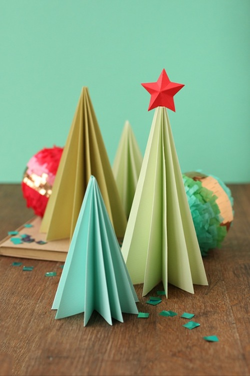 DIY accordion paper trees including template via Minted