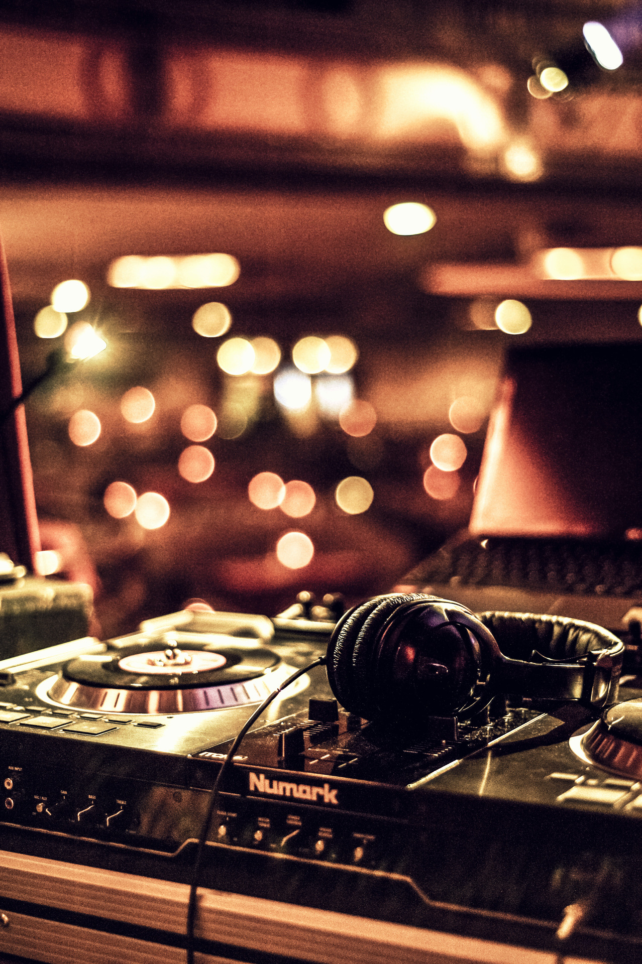 benrheaultpictures:  Audio equipment  - DJ DNT