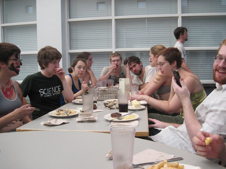 zincfingers:  the original 'last supper' photo fun stuff fun times  awww scifi hall.