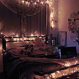 Things To Love About Winter : Putting Christmas Lights In Your Bedroom