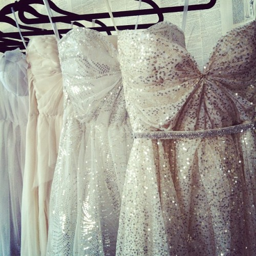 ponytail-andaprettysmile:  Give me a reason to wear this dress.