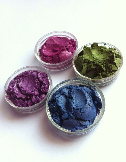 "Ivolve Beauty Mineral Eyeshadows **SPECIAL DISCOUNT!!** -For a limited time, use coupon code "" IBEAUTYSPECIAL15 "" to receive 15% off of your entire purchase (before shipping & handling). - Enjoy (IvolveBeauty.com)"