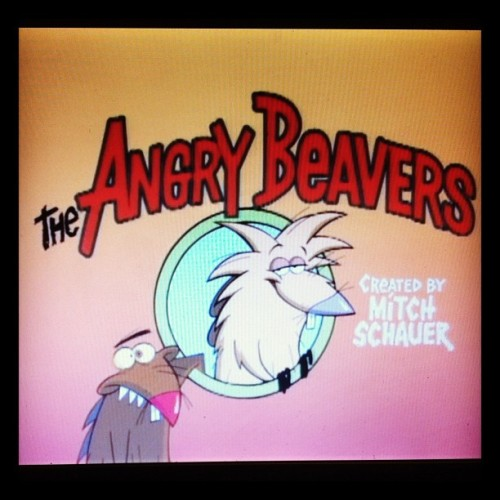 One quick episode & then ill get back to homework…. #angrybeavers #nickelodeon #procrastination #missthisshow