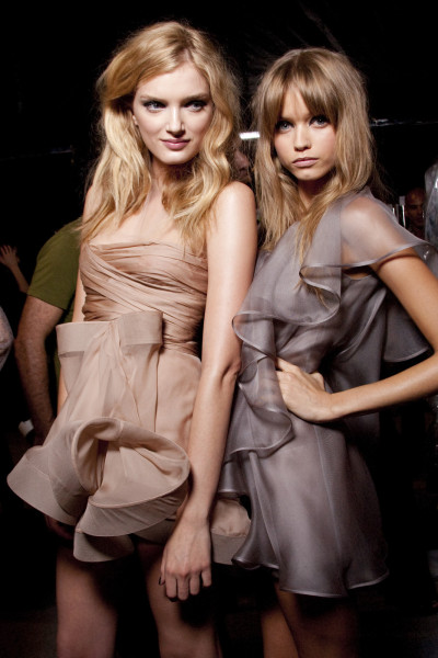 catwalkclub:  Lily Donaldson & Abbey Lee Kershaw backstage at Valentino Spring 2010