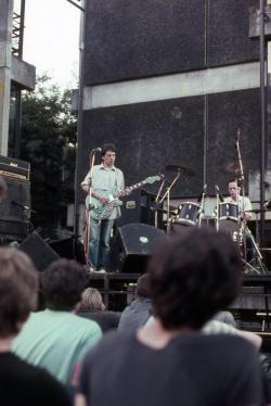 my-life-in-the-bush-of-ghosts:  The Chills, Auckland University, 1985.