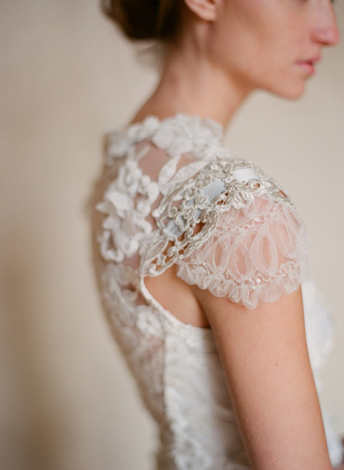 everythingsparklywhite:  Claire Pettibone Couture Bridal