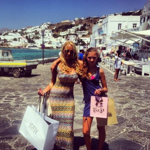 #shopping with #minime in #mykonos #missoni #jorjy #juicy #couture #greece #jetset #island #family #love
