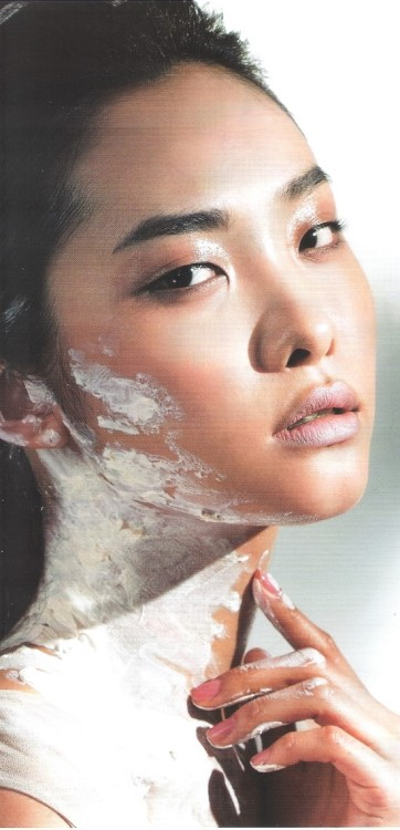koreanmodel:  Kwak Jiyoung by Choi Jae In for Beauty+ Apr 2012