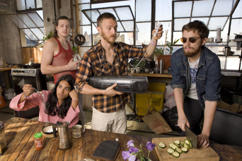 Check out Yeasayer's cover of Fleetwood Mac's Second Hand News: (via New Track: Yeasayer – Second Hand News (Fleetwood Mac cover))