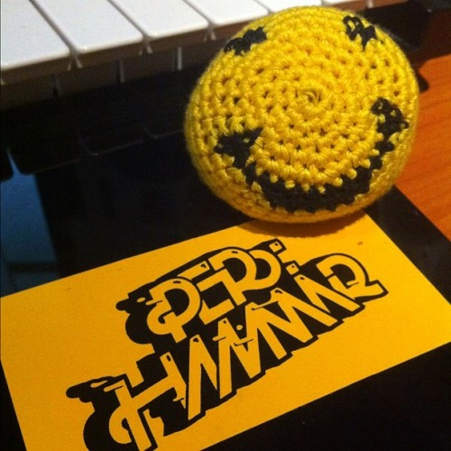 "My acid house mascot ""Yarny Pillface"" just loooves @perhammar2000 !"