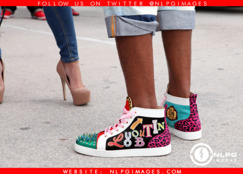 "Do you SEE them!! Behind the scene with Flo Rida http://bit.ly/V8RZsw ""Let It Roll""  NLPGimages ""We're Everywhere You're Not"""