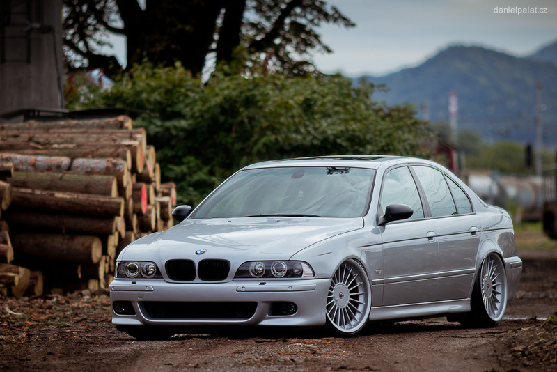 BMW E39 Slammed