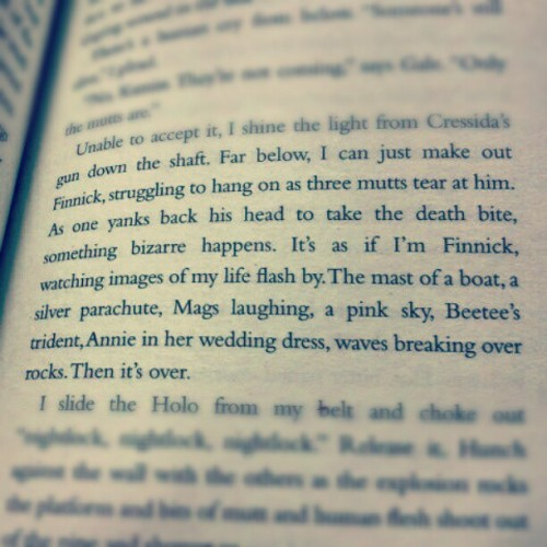 This bit in the book made me cry so bad! I just wanted to do this ^ x