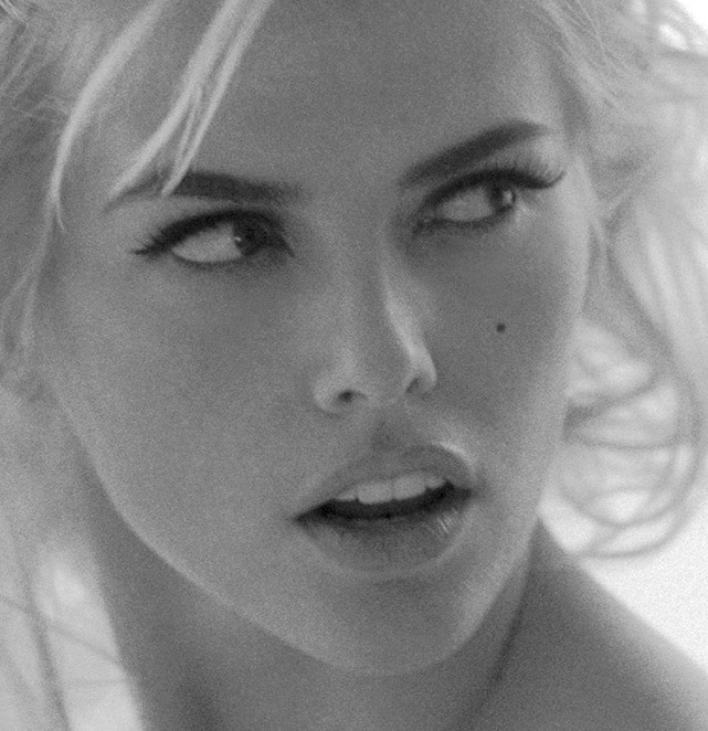 beauty-captures-the-eye:  Anna Nicole Smith