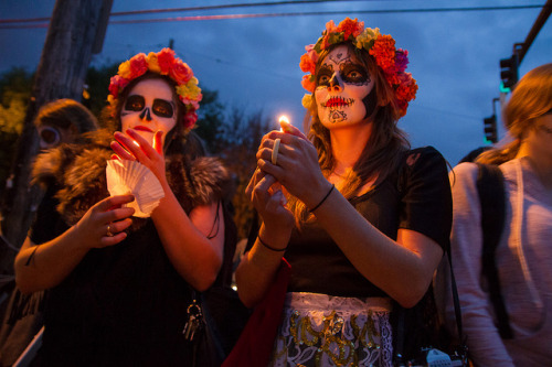 Dia De Los Muertos 2012, a set on Flickr.Via Flickr: A twilight procession for Dia De Los Muertos.  November 1, 2012.  Portland, Or. All shots c 2012  Alicia J. Rose all rights reserved