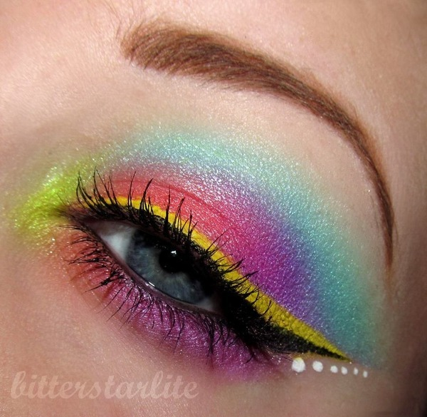 beautylish:  Fun rainbow eye look by Clarissa V.!