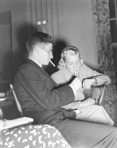 fuckyeahvintage-retro:  Williams College party. Massachusetts, 1937 © Peter Stackpole