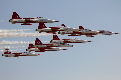 The next image for Turkish Air Force Tuesday is a formation of Turkish flown Northrop F-5 Freedom Fighters