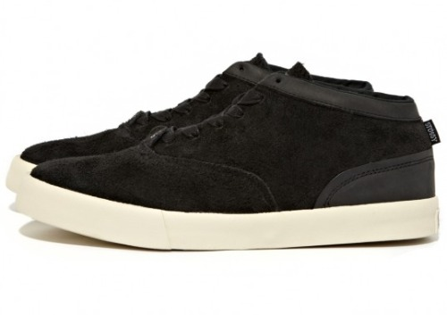 Stussy x Converse CVO LS Mid 100% brushed suede and leather makes up this new release from Stussy x Converse.  Available now for $80 in three colorways.