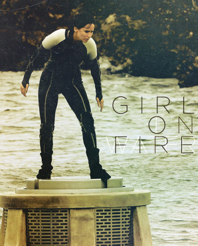 atthehangingtree:  girl on fire, girl in water.
